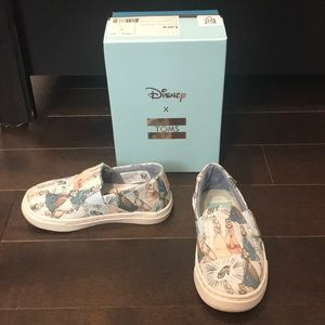 Disney X TOMS Cinderella Tiny Luca Slip-on canvas